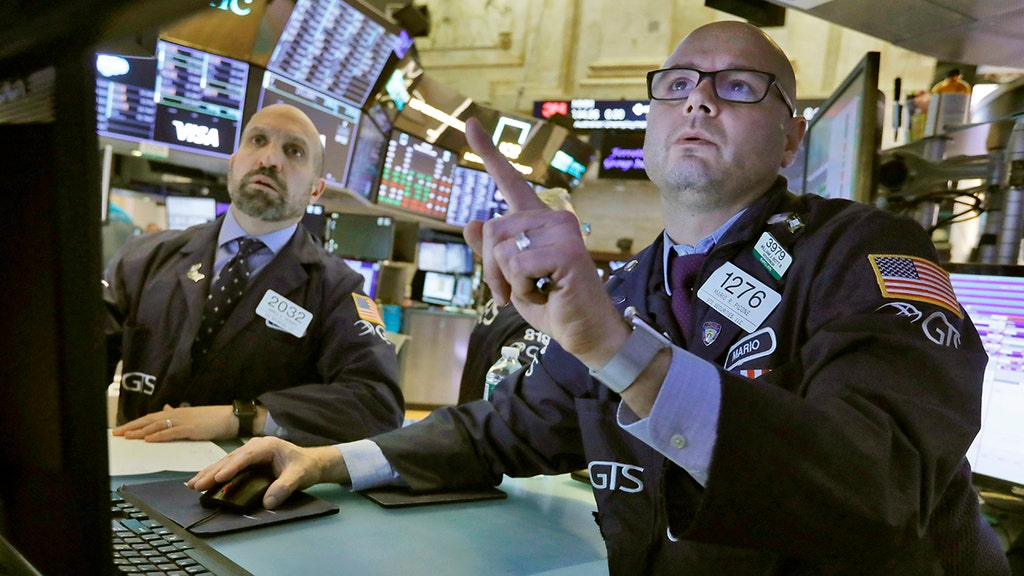 Stocks close chaotic week with nearly 2,000-point surge