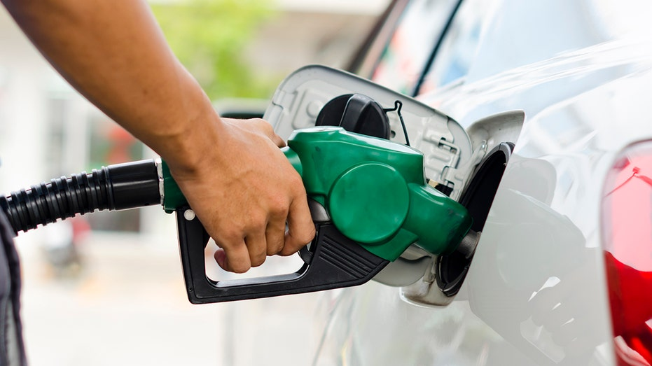 Average Riverside County Gas Price Drops To Lowest Amount Since January 2019