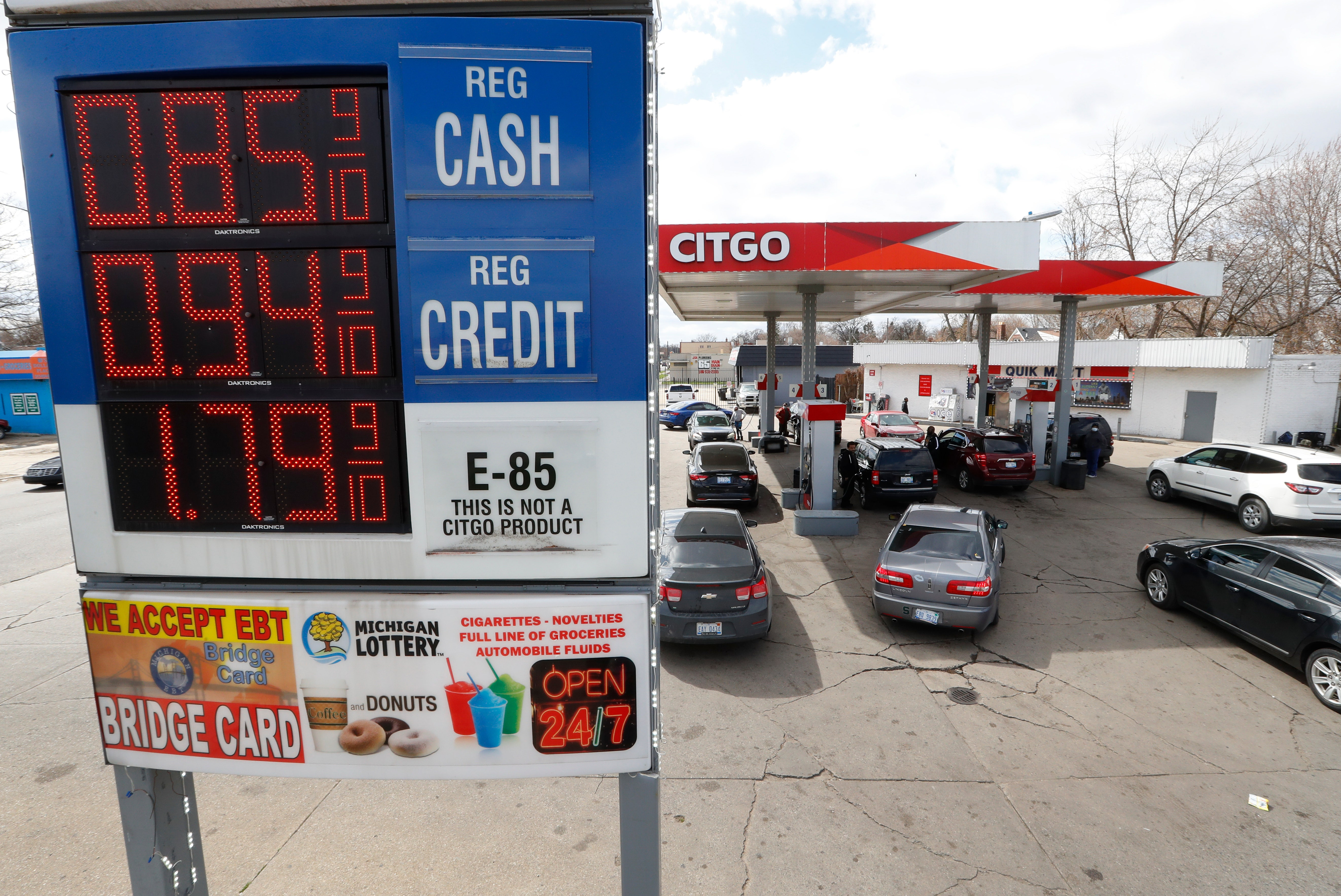Oil prices are negative, but prices at the pump won't follow