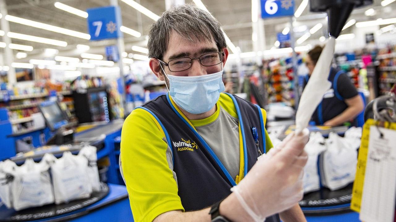 Walmart Sam S Club Associates To Wear Coronavirus Face Masks During Shift Fox Business