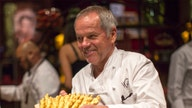 Wolfgang Puck urges coronavirus relief for restaurants: Insurers refuse to pay