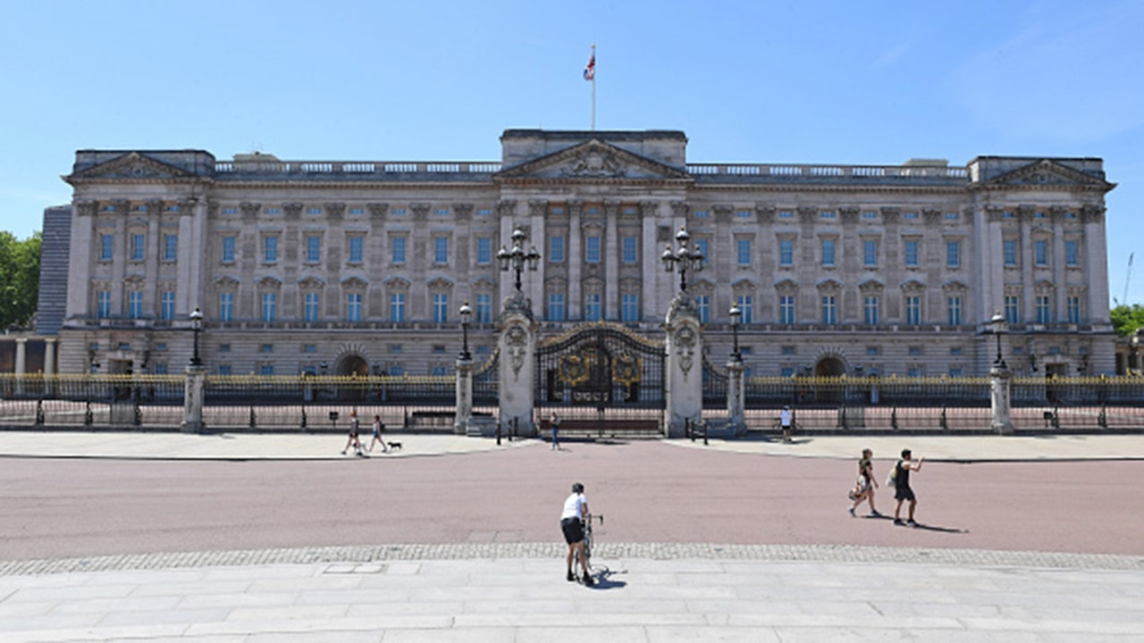 Buckingham Palace Getty jpg?ve=1&tl=1.'