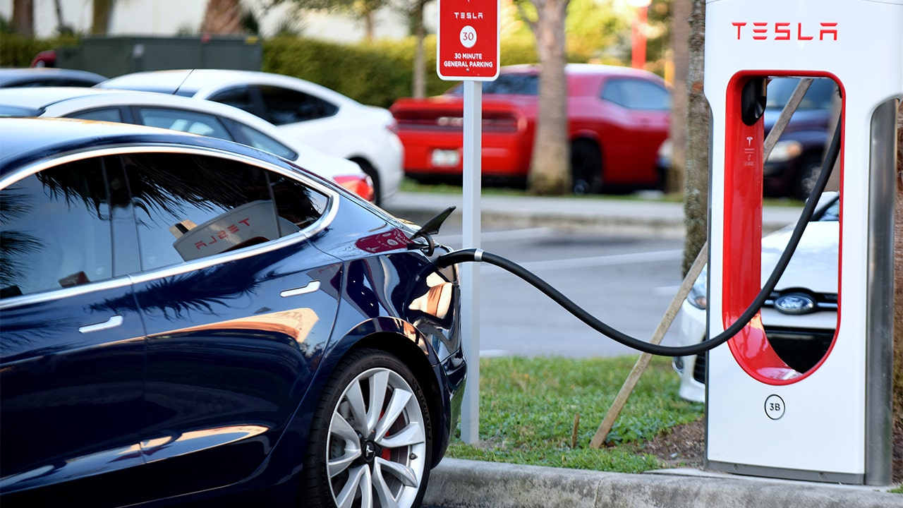 California Adds Electric Vehicle Fees Up To 175 Fox Business
