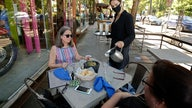 To avoid coronavirus is it safer to eat outside at restaurants?