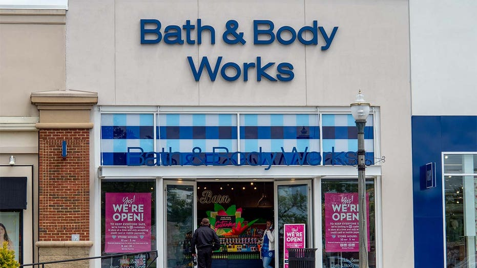 Victoria's Secret, Bath & Body Works closing stores in Canada, U.S. as retailers struggle