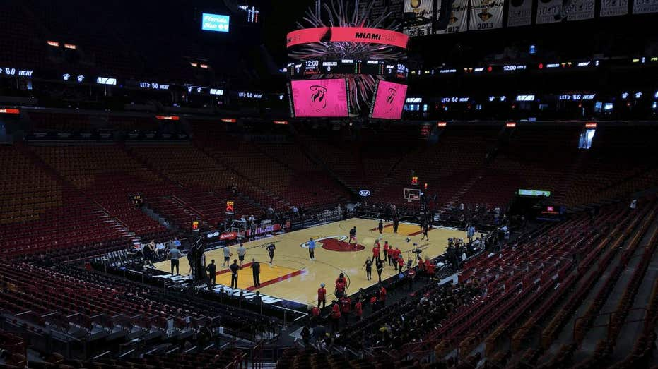 Coronavirus prompts Mark Cuban to plan NBA arena family quarantine sections 3