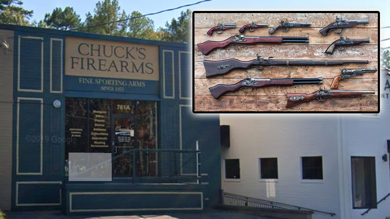 Atlanta looters steal guns from firearms store