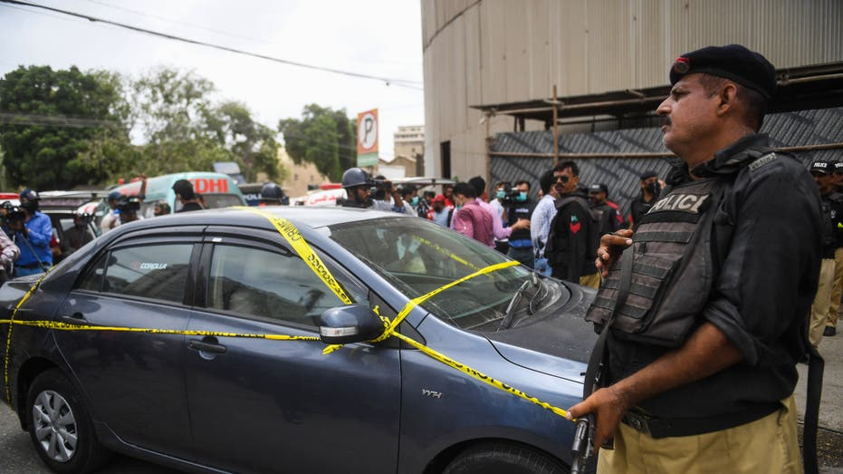 Seven die as 'separatist' gunmen attack Pakistan Stock Exchange