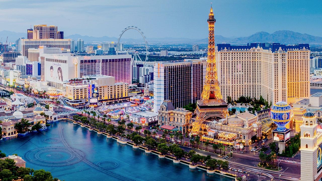 Viva Las Business: Vegas reopens