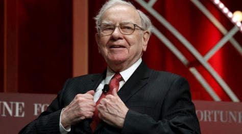 How to invest like Warren Buffett in 2021