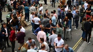 England pubs reopen to large crowds, sparking some coronavirus concerns