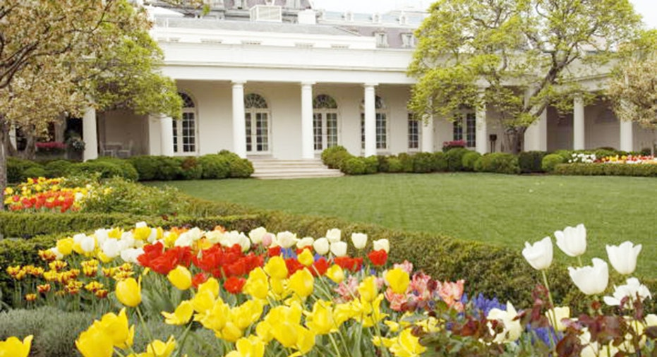 Melania Trump Renovating White House Rose Garden With Nod To Original Kennedy Administration Design Fox Business