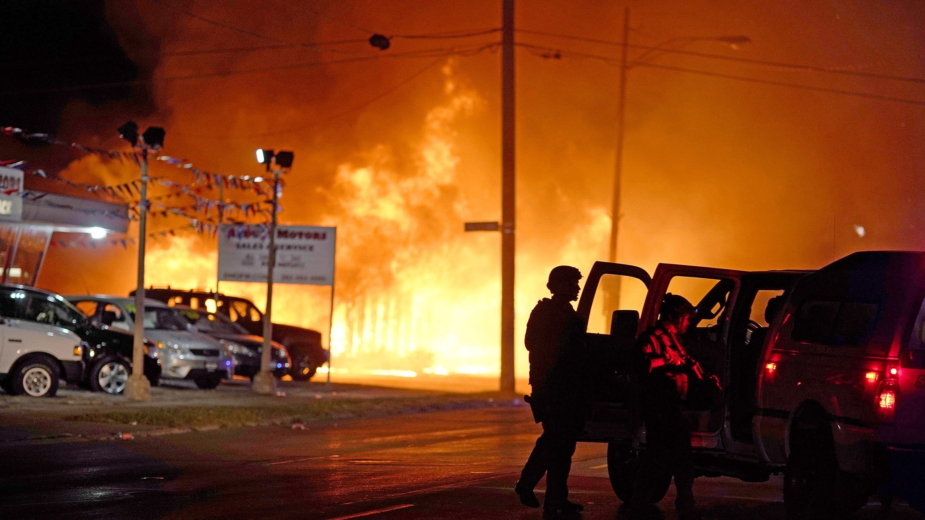 Kenosha Car Dealership Sustained 1 5m In Damage After First Night Of Riots Report Says Fox Business