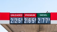 US gas prices remain steady at $2.25/gallon