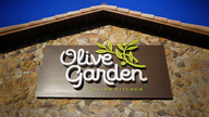 Olive Garden, Texas Roadhouse were most popular restaurants during coronavirus pandemic: report