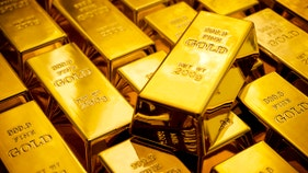 Gold prices set to soar as Fed signals years of low interest rates