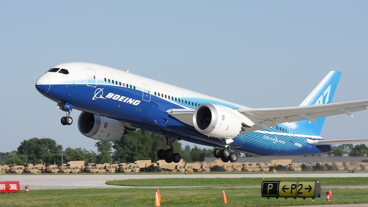 Boeing to move all 787 Dreamliner production to South Carolina - Fox Business thumbnail