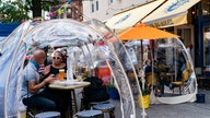 Should I eat in an igloo? How to navigate restaurants' outside dining this winter