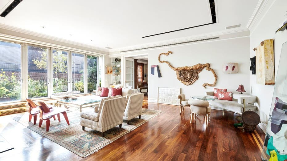 John Lennon S Former Nyc Penthouse Listed For 5 5m Fox Business