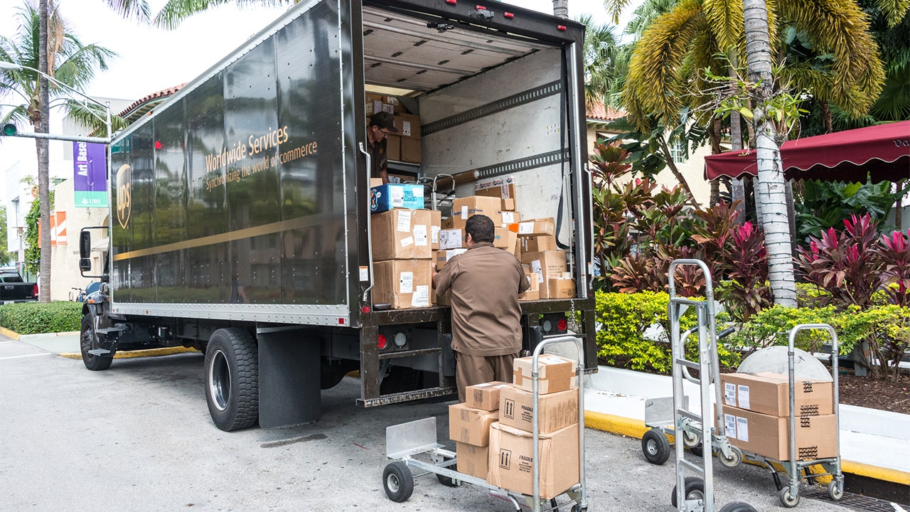 Shipping continues at blistering pace, UPS earns $2.7B in second quarter