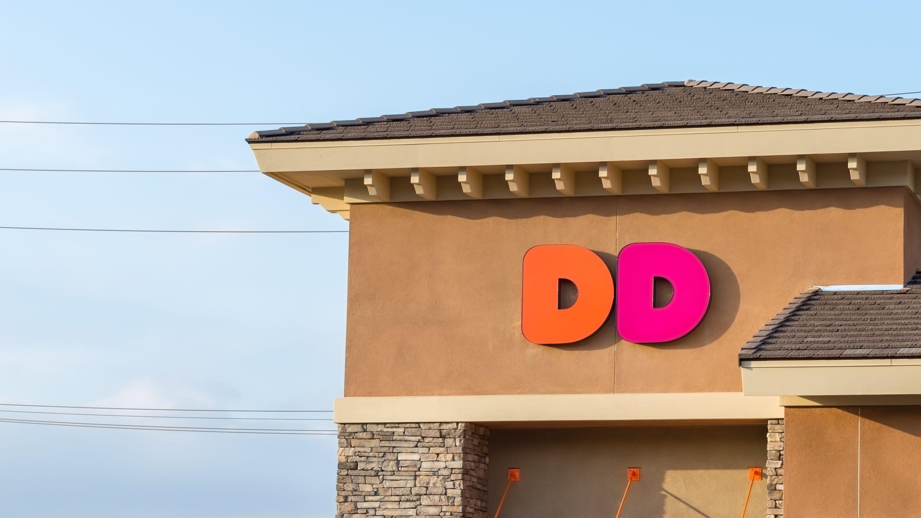 Dunkin' brings back popular scented candles after limited run