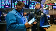 Stock futures trade cautiously ahead of jobless claims report