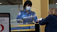 Thanksgiving travel sees TSA screenings hover around 1M as COVID-19 threat looms