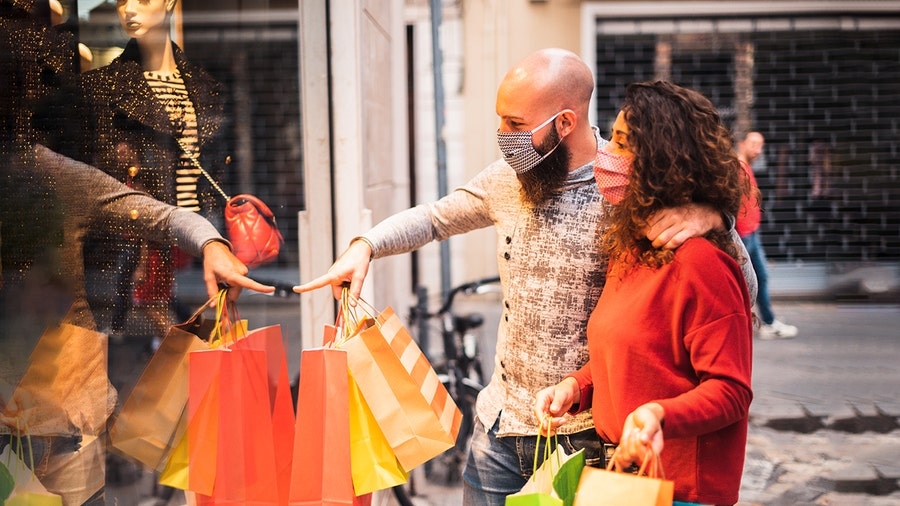 Christmas shopping: Americans spending slightly more on gifts during pandemic, poll suggests