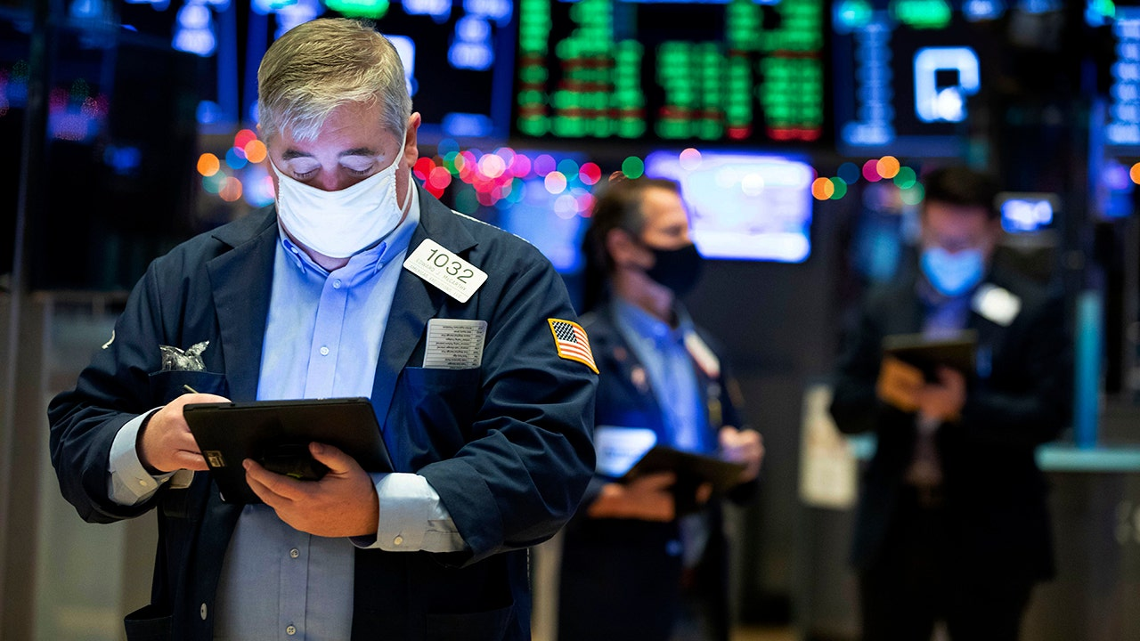Stock futures rebound from earlier losses after Trump criticized economic aid bill – Fox Business