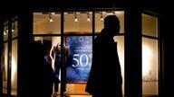During crucial holiday season, US consumer confidence slumps
