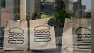 Shake Shack to pay holiday bonuses up to $400 for hourly workers: Report