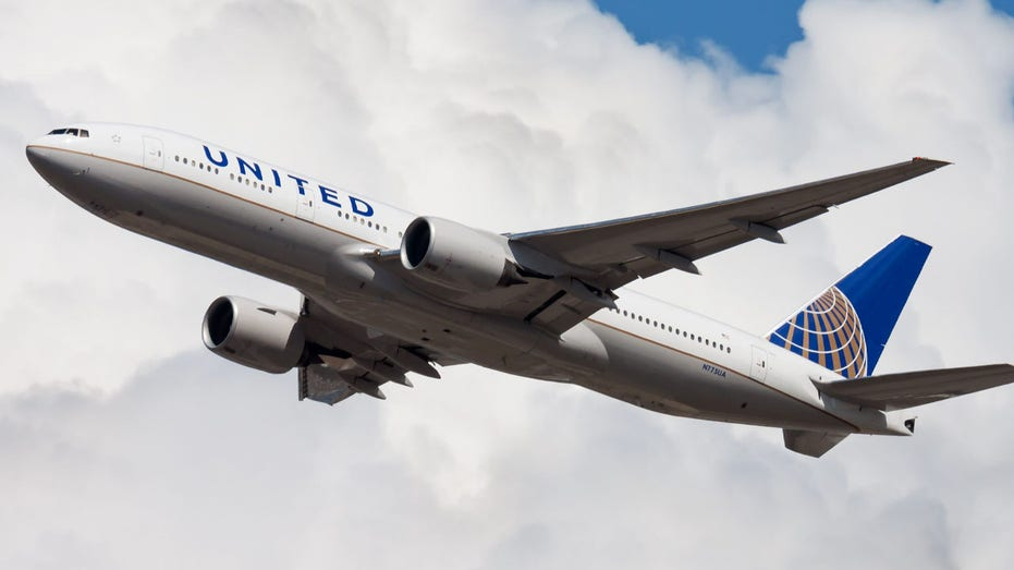 United Airlines could mandate COVID-19 vaccine for all employees
