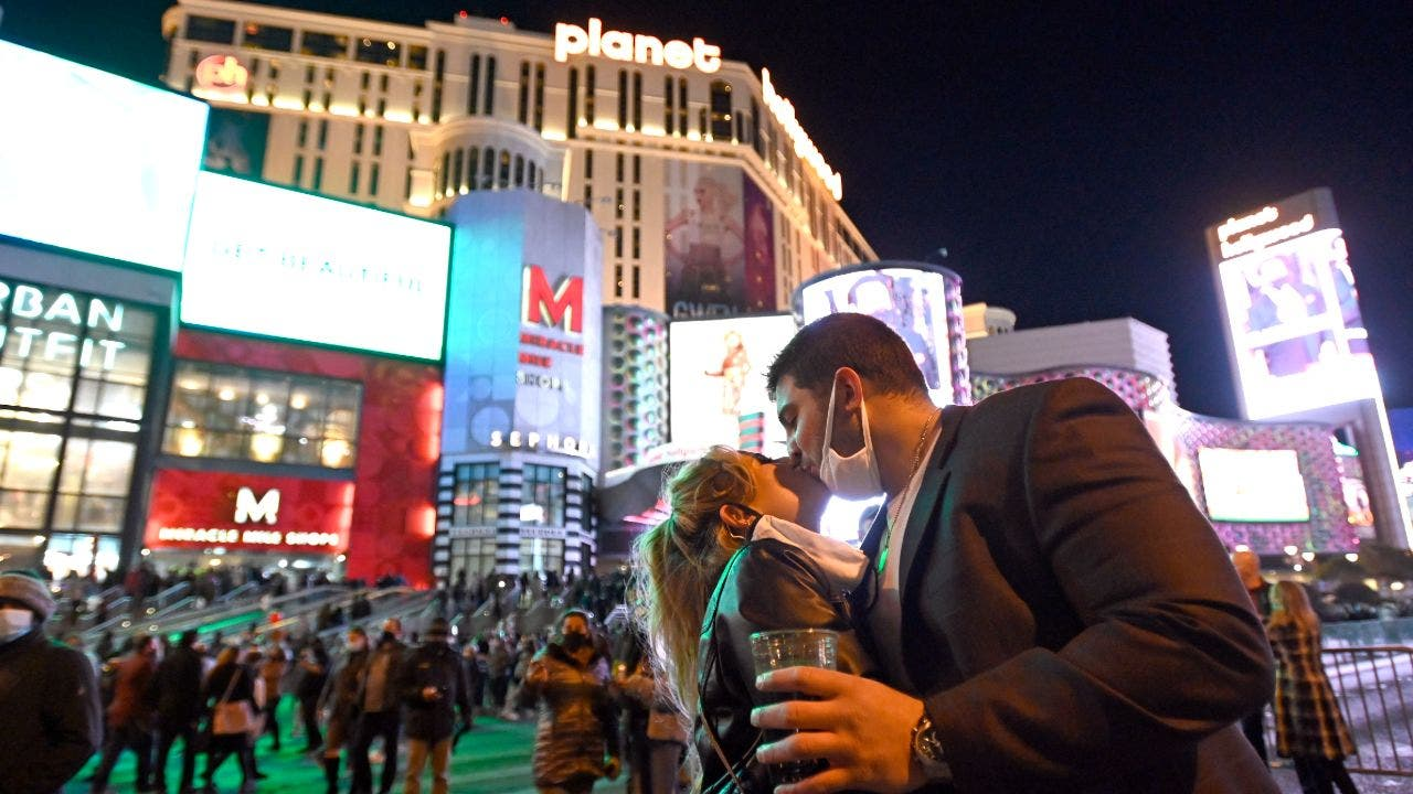 Vegas benefits as Nevada eases some coronavirus rules - Fox Business