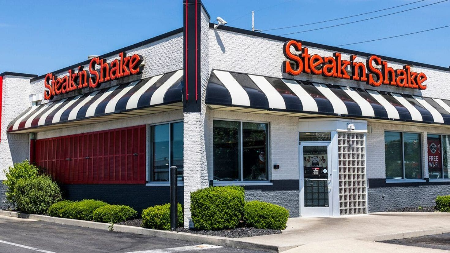 Steak 'N Shake in fast food fight avoids bankruptcy, but fries Fortress - Fox Business
