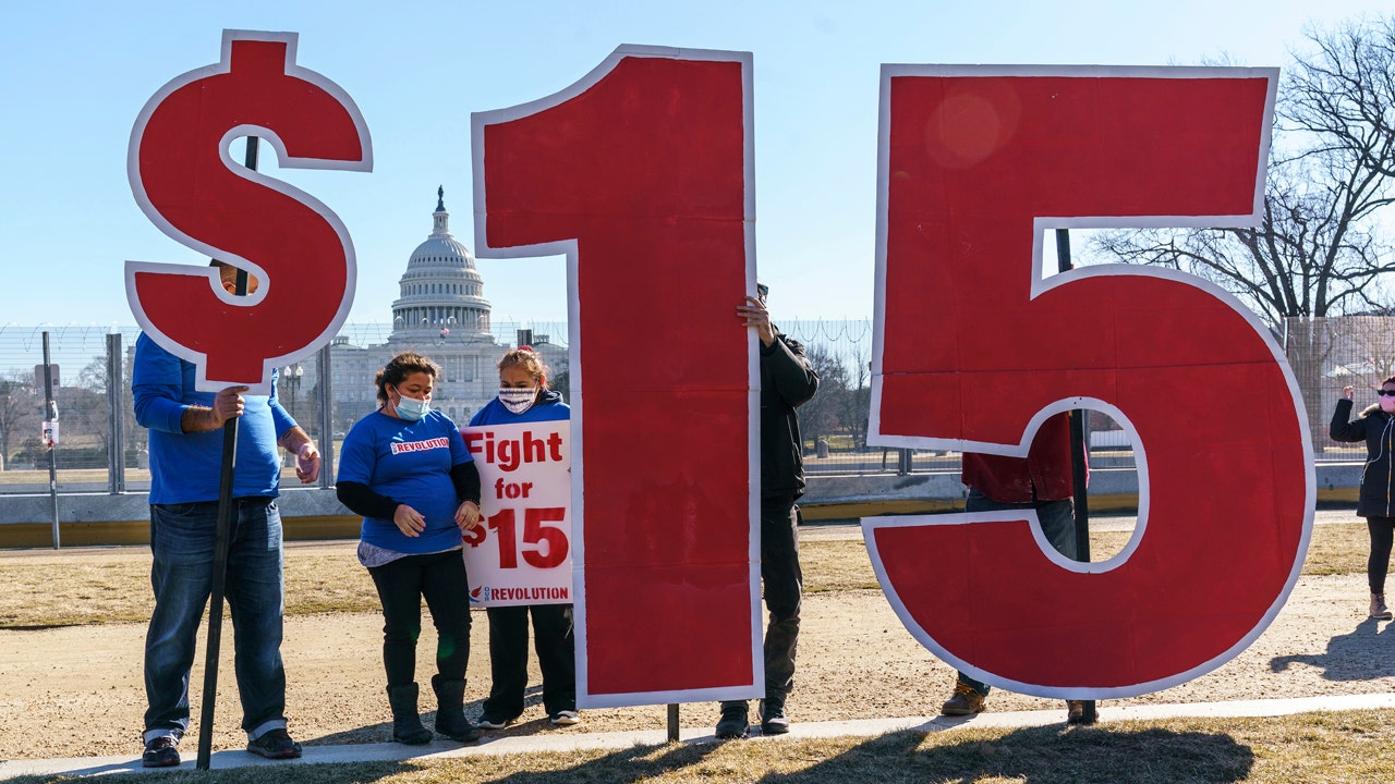 Progressives urge White House to overrule top Senate official and include $15 minimum wage in COVID-19 relief bill