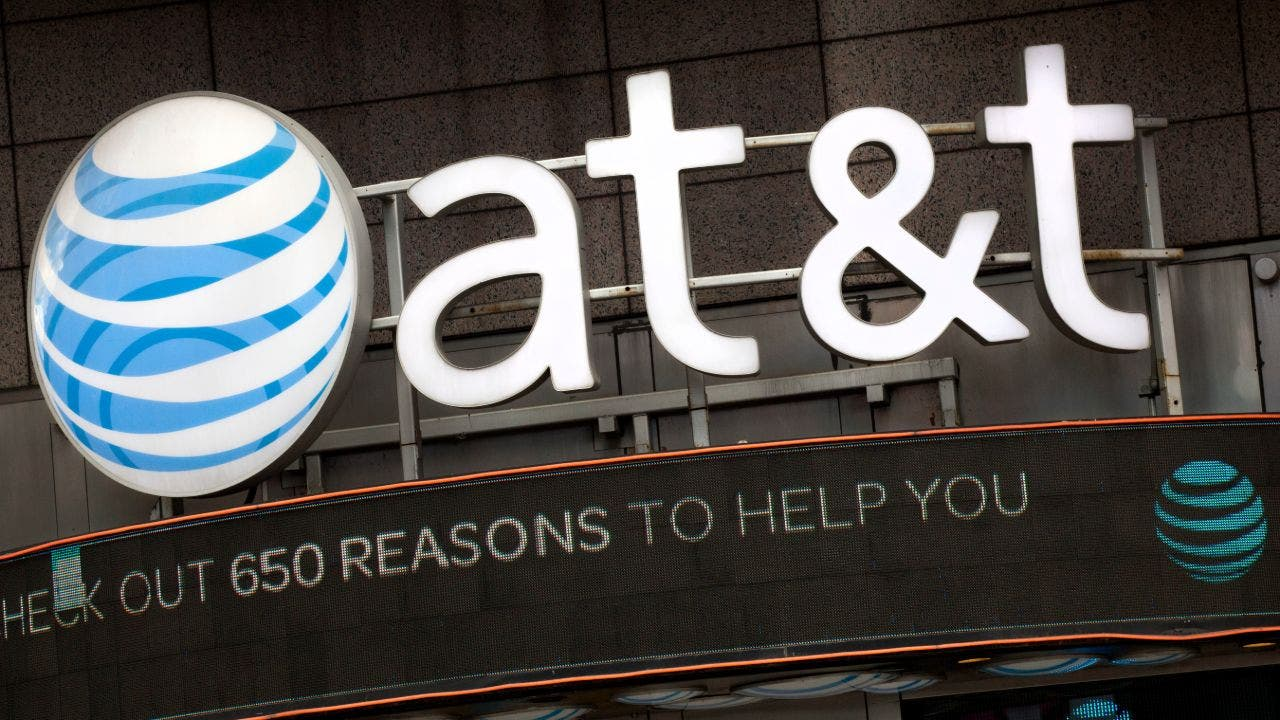 SEC suing AT&T for telling analysts nonpublic information - Fox Business