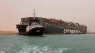 Suez Canal gives oil wild 24 hours