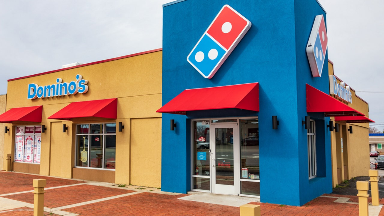 'Ultraviolent' pizza cutter stunt leads Domino's to reconsider wrestling ads