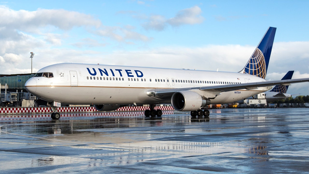 United Airlines closes in on $30B post-pandemic jet order