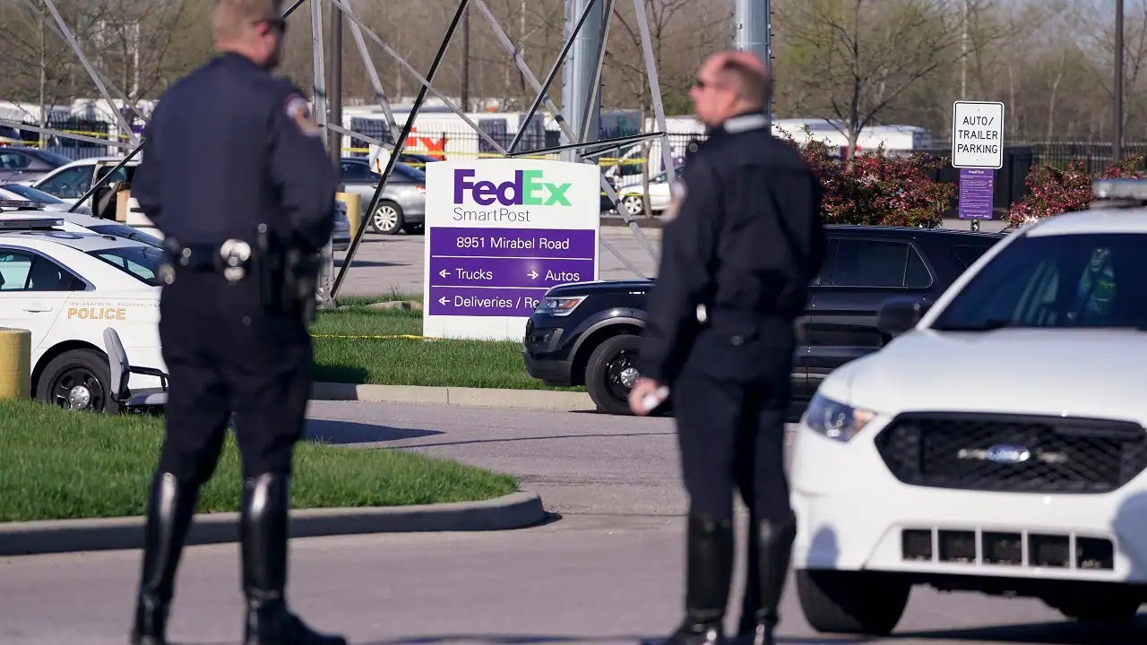 FedEx donates $500,000 to victims of Indianapolis warehouse shooting
