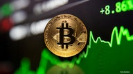 Cryptocurrency market trending lower as bitcoin straddles $42,000