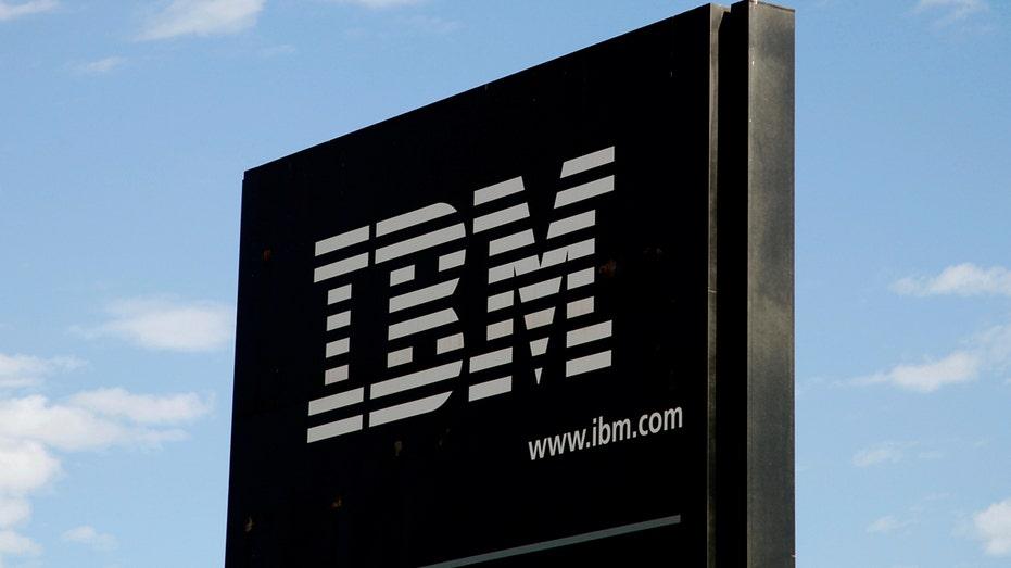 IBM ofrecerá a los operadores de telecomunicaciones Verizon y Telefónica nuevos servicios que van desde ejecutar 5G en una plataforma en la nube hasta usar inteligencia artificial, dijo la compañía de tecnología estadounidense el lunes 28 de junio de 2021. REUTERS / Rick Wilking / File Photo