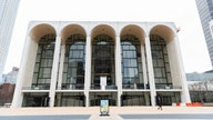 Met Opera reaches agreement with locked-out stagehands