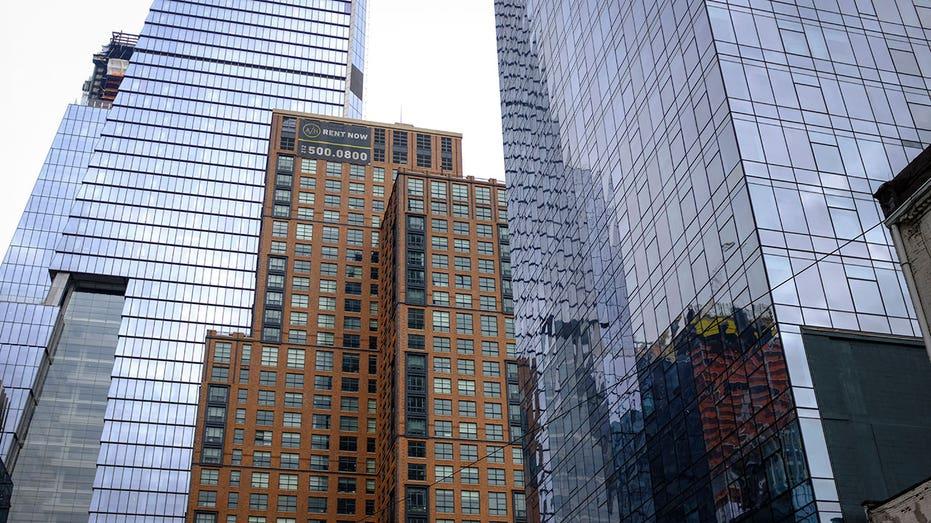 Apartment building Manhattan