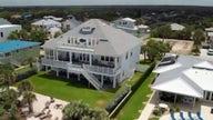 Floridians seek beachfront upgrade in 'American Dream Home'
