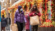 Consumers projected to spend nearly $1K on holiday shopping