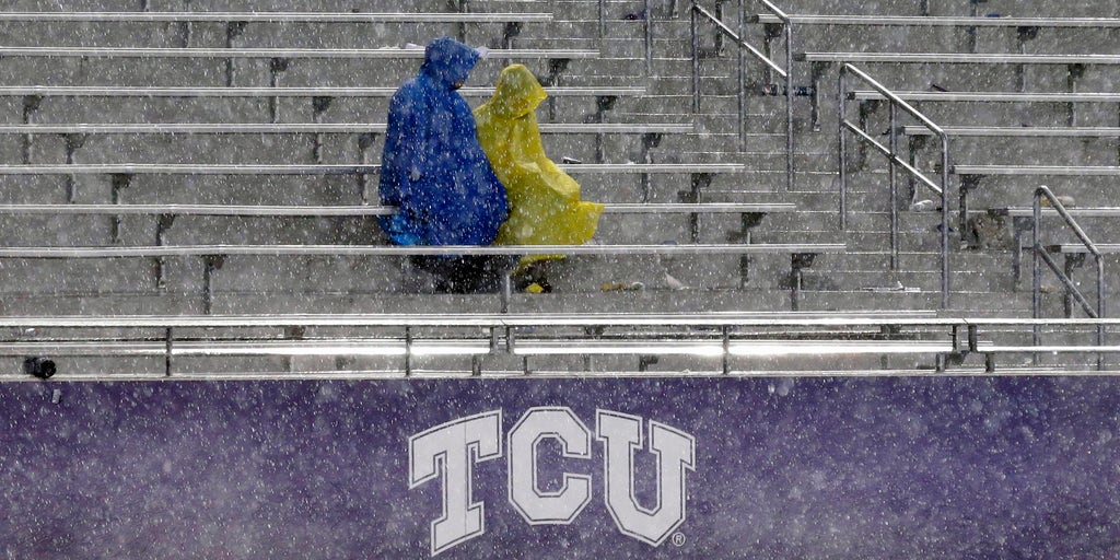 TCU plan to drop 'freshman,' use 'first-year student,' draws mixed reactions: report