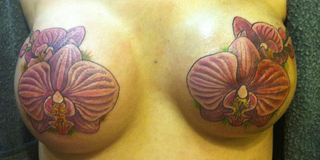 Facebook Apologizes For Taking Down Tattoo Artist S Work On Breast