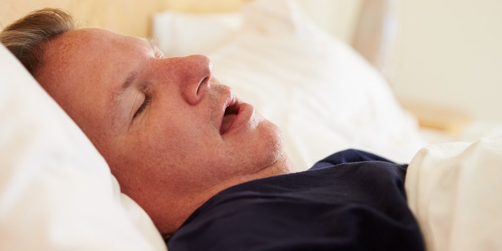 9 signs of sleep apnea: heartburn, headaches and more | Fox News