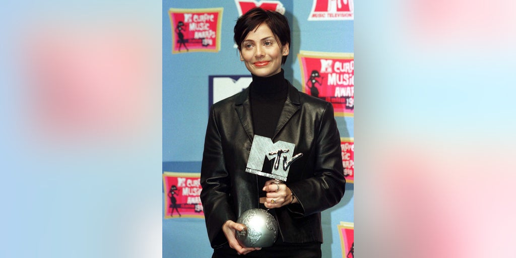 Twitter reacts to learning Natalie Imbruglia song 'Torn' is